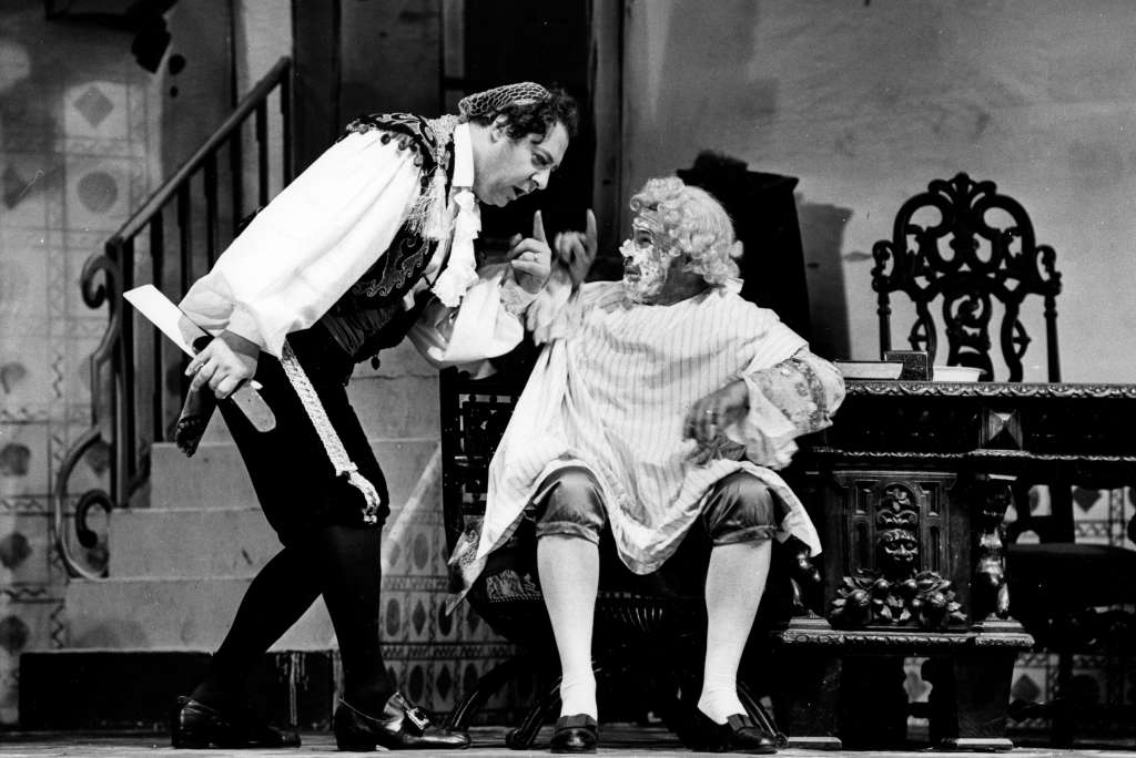 Barber Of Seville Figaro : 1966 Barber of Seville Seattle Opera - 50th Anniversary